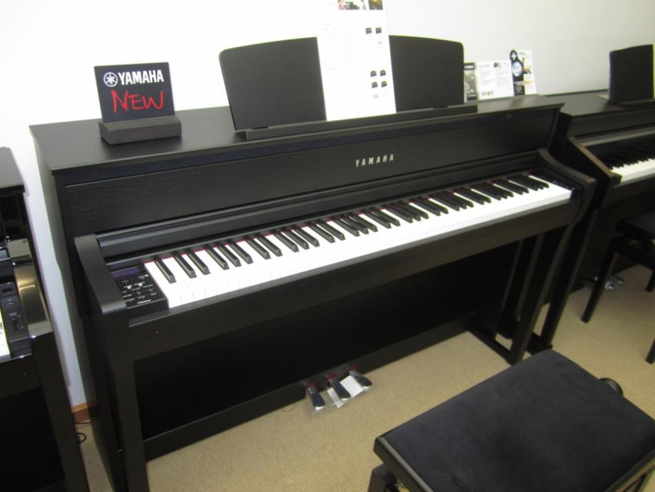 digitalklavier yamaha kaufen clavinova clp 675 mit. Black Bedroom Furniture Sets. Home Design Ideas