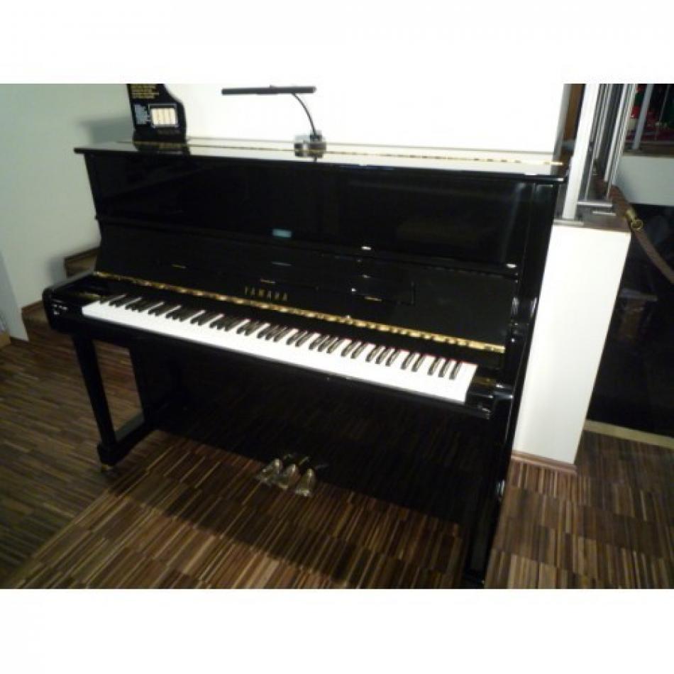 klavier yamaha p121 kaufen pianova. Black Bedroom Furniture Sets. Home Design Ideas