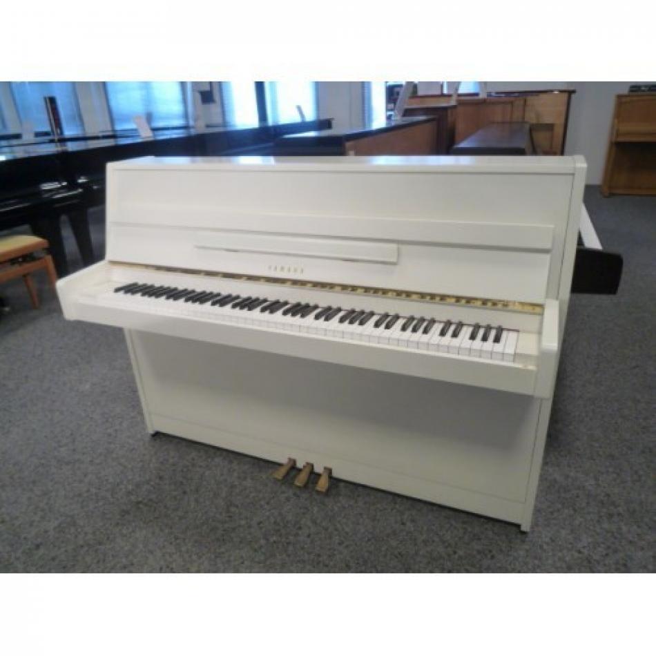 klavier yamaha c108 kaufen pianova. Black Bedroom Furniture Sets. Home Design Ideas