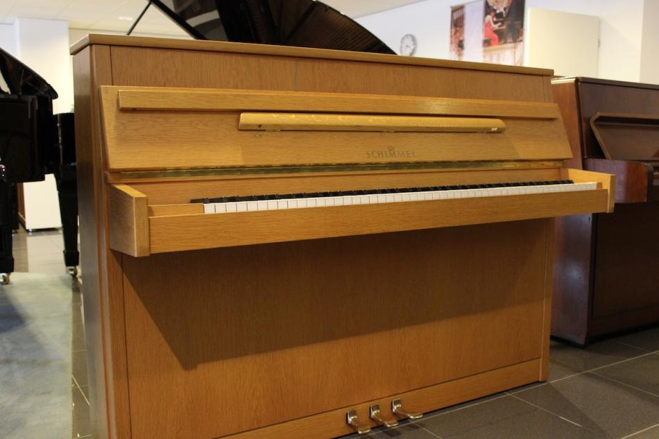 klavier schimmel 106 kaufen pianova. Black Bedroom Furniture Sets. Home Design Ideas