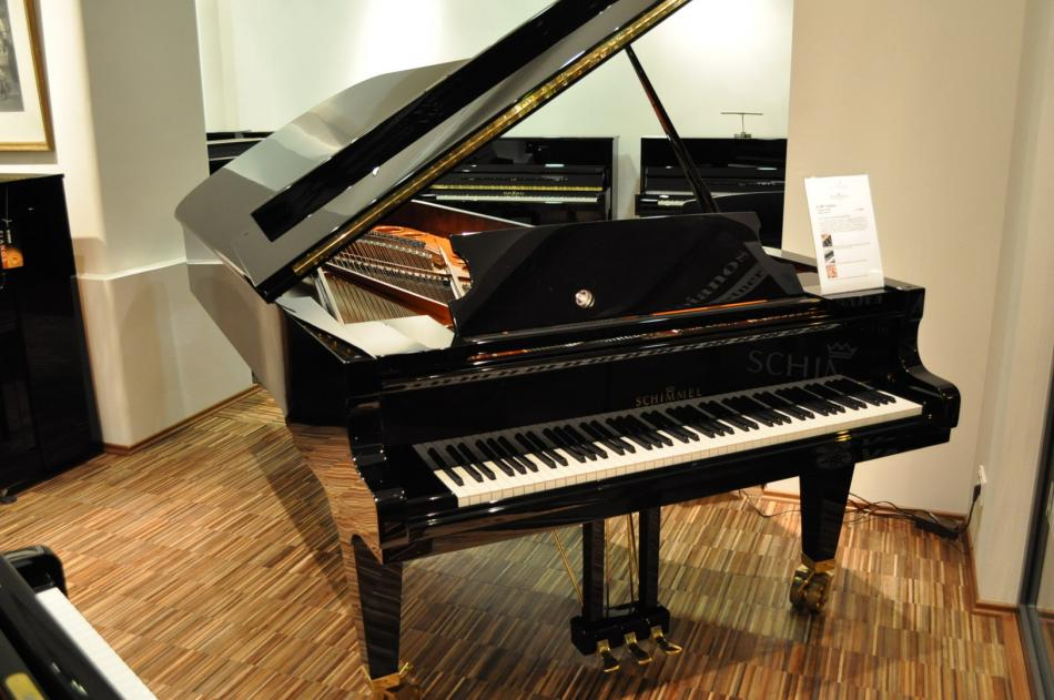 fl gel schimmel k175 tradition kaufen neue schimmel k fl gel pianova. Black Bedroom Furniture Sets. Home Design Ideas