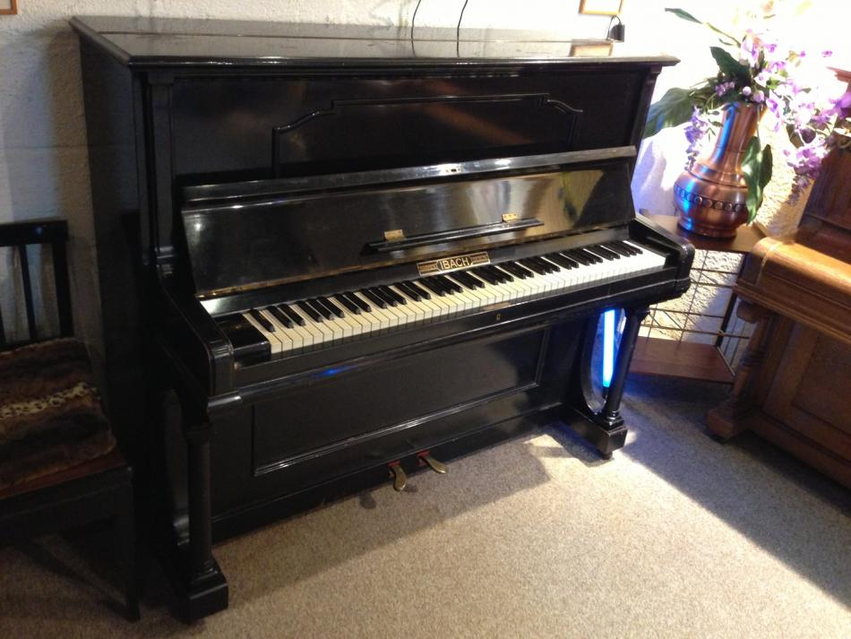klavier ibach kaufen ibach klavier modell 128 schwarz seidenglanz pianova. Black Bedroom Furniture Sets. Home Design Ideas