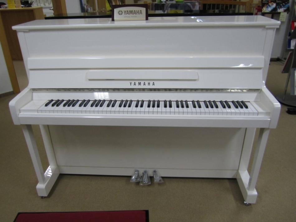 klavier yamaha p116 g kaufen sondermodell wei. Black Bedroom Furniture Sets. Home Design Ideas