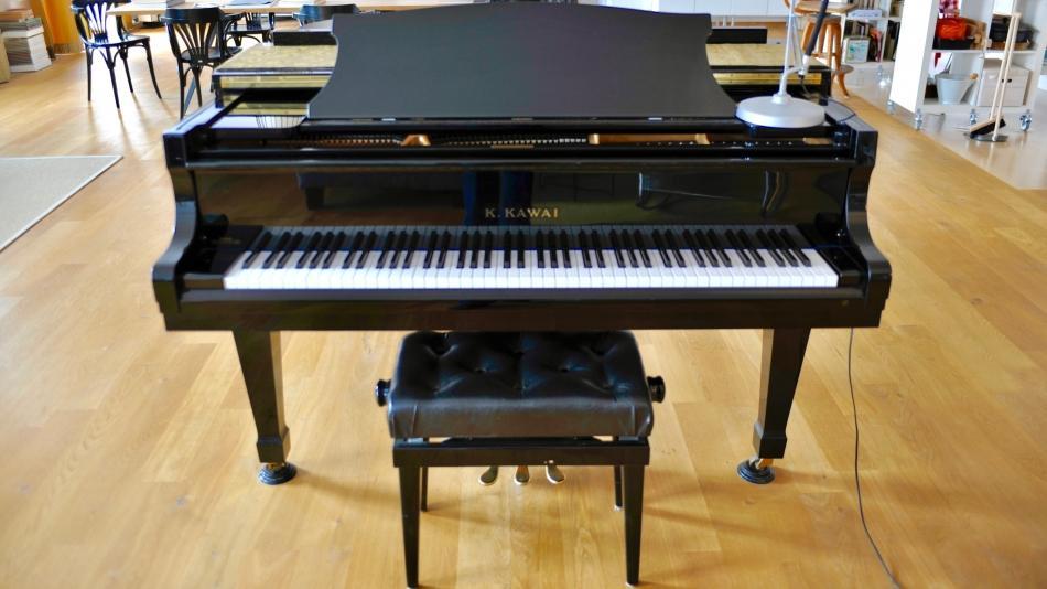 fl gel kawai kaufen piano pianova. Black Bedroom Furniture Sets. Home Design Ideas