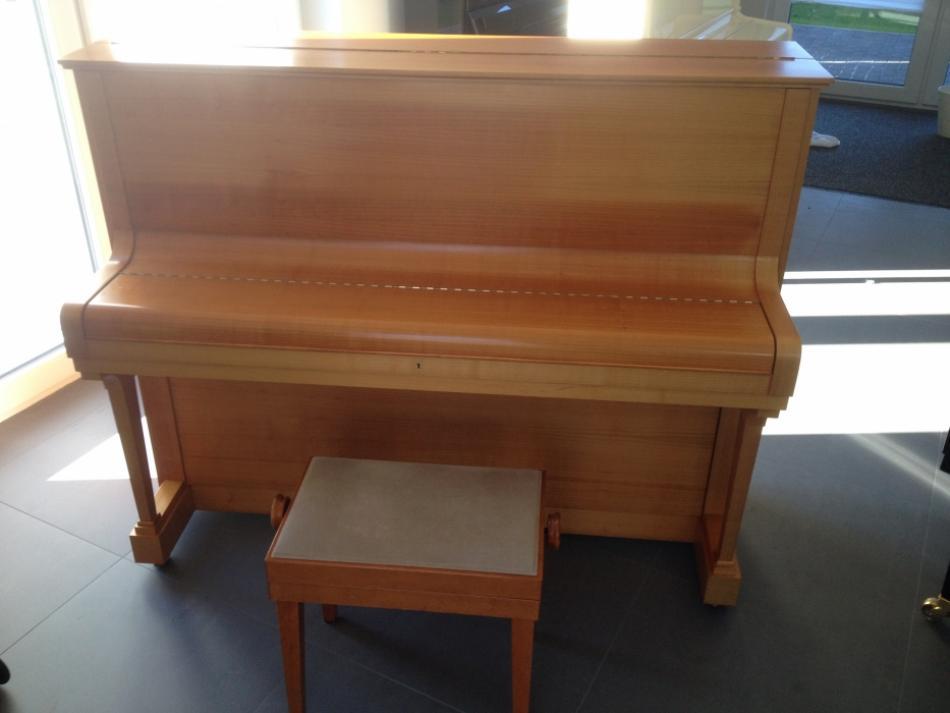 klavier bechstein kaufen echtes c bechstein modell 11a. Black Bedroom Furniture Sets. Home Design Ideas