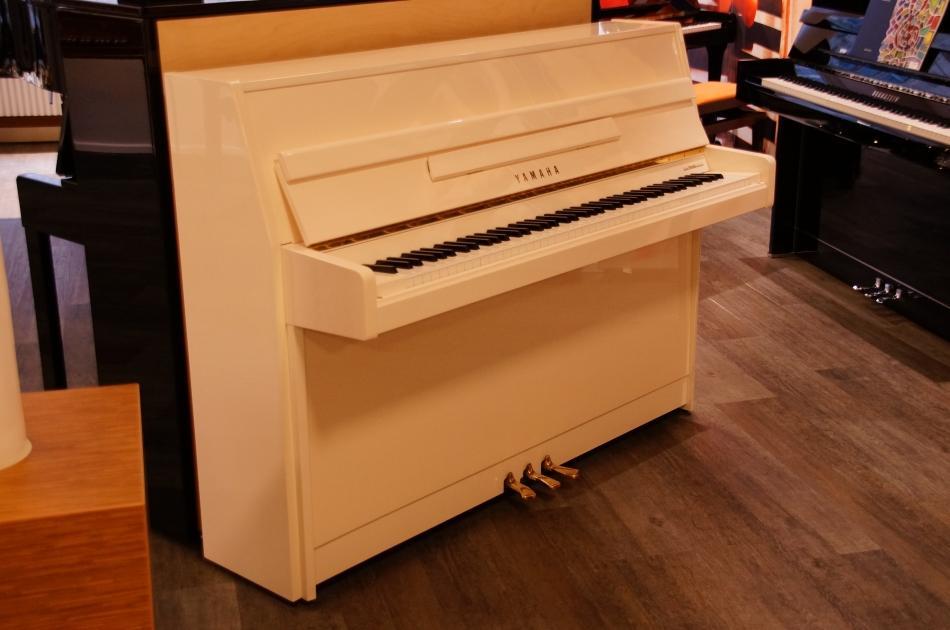 klavier yamaha m5j kaufen vermietet yamaha. Black Bedroom Furniture Sets. Home Design Ideas