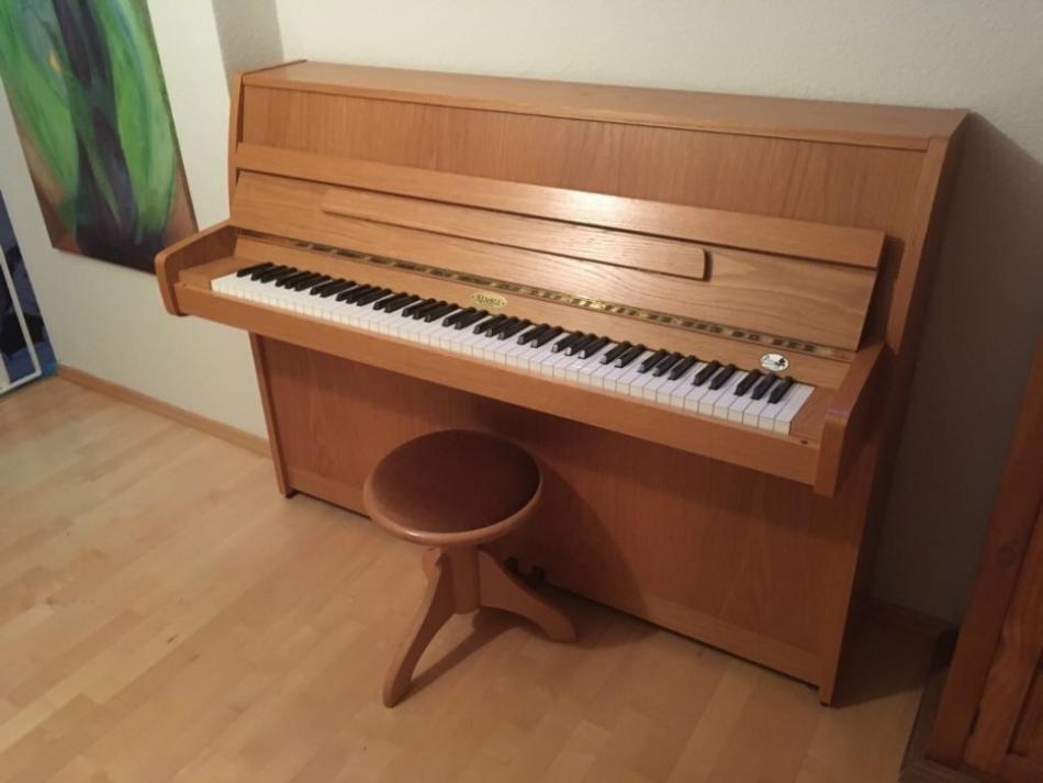 klavier kemble kaufen kemble cambridge 110 sehr. Black Bedroom Furniture Sets. Home Design Ideas