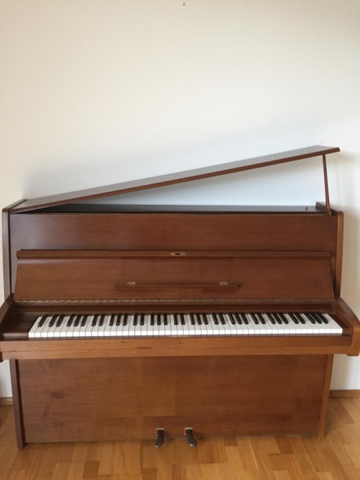 klavier bechstein kaufen c bechstein 113cm kirschholz. Black Bedroom Furniture Sets. Home Design Ideas