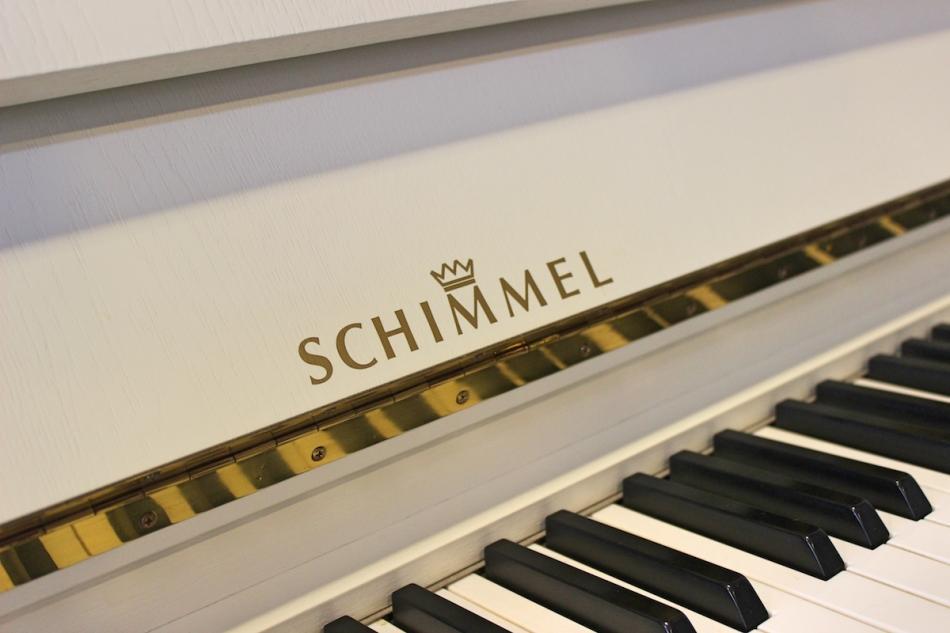 klavier schimmel 112 kaufen pianova. Black Bedroom Furniture Sets. Home Design Ideas