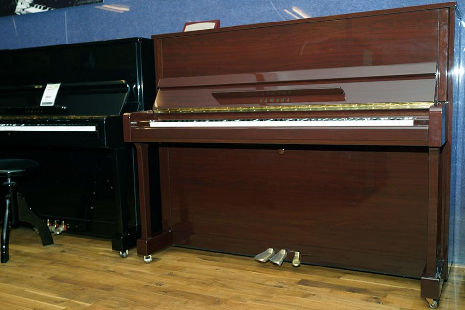 klavier yamaha b3 kaufen pianova. Black Bedroom Furniture Sets. Home Design Ideas