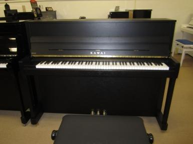 klavier kawai kaufen e 200 sondermodell basiert auf k 200 pianova. Black Bedroom Furniture Sets. Home Design Ideas